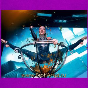 Клубное Шоу Девушка в бокале GOLDEN GLASS в Москве