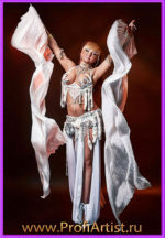 Сольная исполнительница восточных танцев и танца живота Элис ( ELIS )